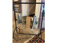 5ft clothes rail professional sturdy easy to put together