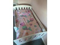 Children toddler bed white