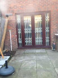 METAL FOLDING SECURITY DOORS