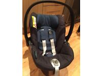 Cybex Cloud Q Plus true blue car seat with Q-Fix isofix base