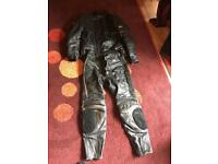 Motorbike leathers, gloves + boots
