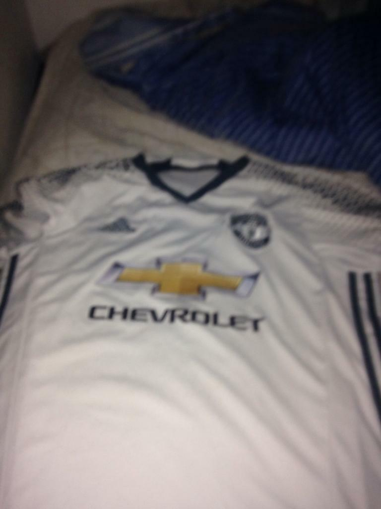 Man Utd shirt white jersey