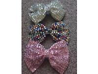 Hair accessories - jewel bows