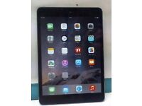 iPad mini 2 mint condition has no box has charger 16gb