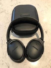 Bose Quiet Comfort 35 wireless Bluetooth headphones QC35