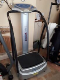 Medicarn 300 series powerplate vibration massage plate -excellent condition