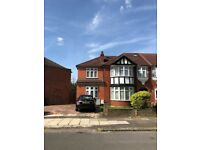 EXCELLENT 1 BEDROOM FLAT TO RENT IN COLIN CRESCENT, COLINDALE, NW9 6HA