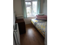 Short let New Marston - quiet, clean room in July only