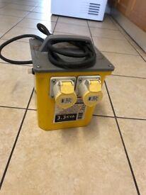 110v transformer 3.3kva twin outlet