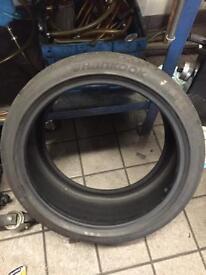 Hankook tyre 255/35 19 96y