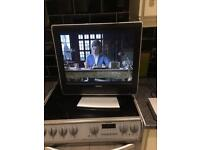 20inch toshiba flatscreen tv comes with freeview box free local delivery if required