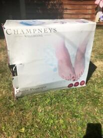 Champney's Wellbeing Oasis Footspa With Pedicure Accessories