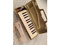 Yamaha Pianica 25b