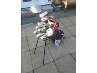 Full set of Mens Dunlop Max golf clubs right handed