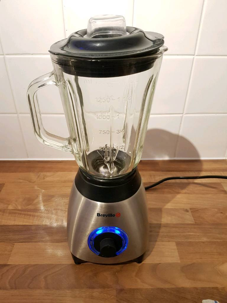 Breville Blender Chrome with ice crush and pulse functions