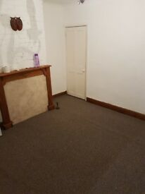 2 bed house to rent immediately