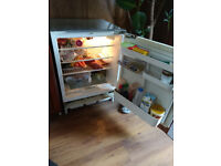 Integrated fridge in very good condition