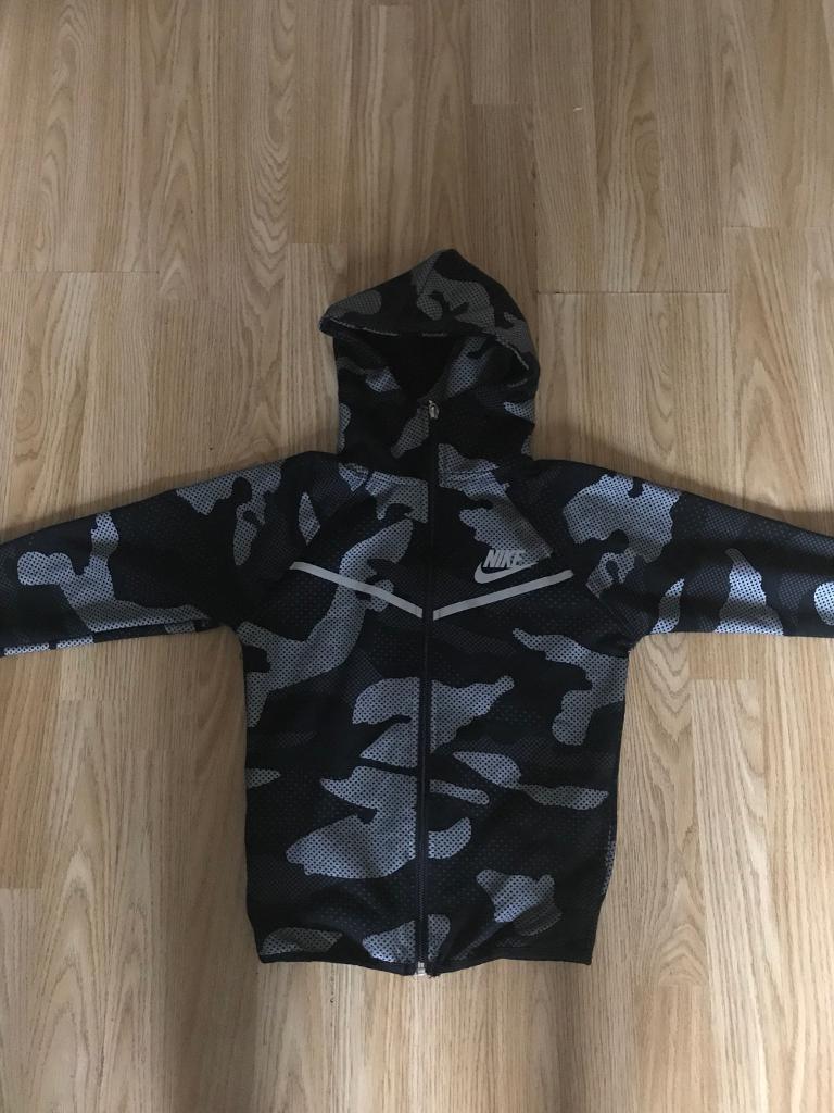 Boys Nike camo zip up hoodie Grey and black new