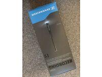 Sennheiser MKE-600 - Sennheiser MZH 600 Windsheild -Rode NTSM3 Microphone Holder - Rode Boom Pole 2m