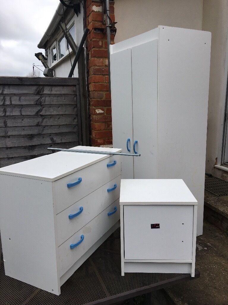 Childrens white bedroom furniture set FREE needs to go TODAY Will need vanin Wokingham, BerkshireGumtree - Well used Childrens white furniture set drawers need some work. Will not dismantle needs to go today so probably need a van for wardrobe Free collection asap central Wokingham RG40 Call or text to arrange
