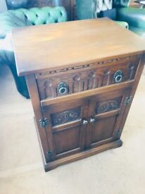 Old charm cupboard in light Oak