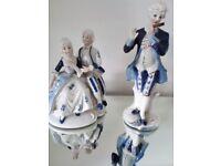 2 x genuine porcelain statues £5