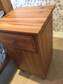 Wooden chest of drawers and 2 bedside tables