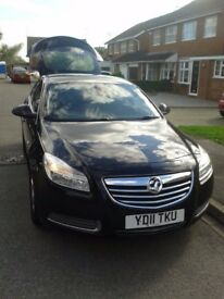 Vauxhall insignia 2.0 CDTI 16v exclusive 5 door ( not Astra Ford Mondio