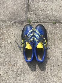 ADIDAS INCURZA MENS SOFT GROUND RUGBY BOOTS, BLUE & YELLOW, SIZE 8