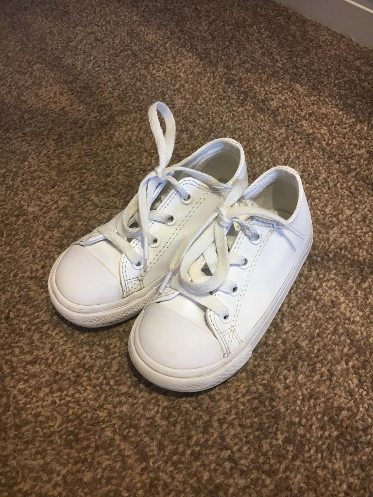 54d4467e43b White Leather Infant Converse Size 8