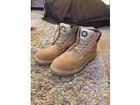 Dickies steel toe capped work boots