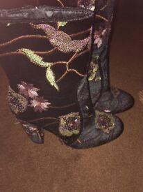 BNWT ladies boots size 4