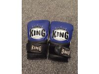 Kings Boxing Gloves size L