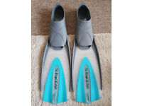 Flippers, Blue & Grey