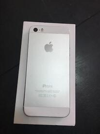 IPhone 5s o2 giffgaff and tesco. White silver colour