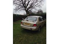 Breaking Hyundai Accent, good engine and box, all parts available or while car.