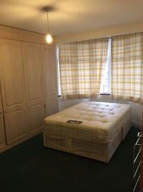 1 LARGE ROOM IN UPNEY BARKING. £575 PCM. ALL BILLS INCLUDED! 5 MINS TO UPNEY HEATH ST.
