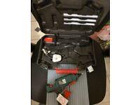 Hot glue gun and 20 glue sticks 11X280mm