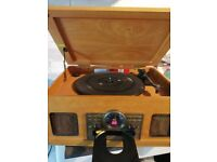 Wooden record player, CD player, cassette player and radio