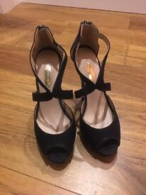 Dorothy Perkins shoes size 3