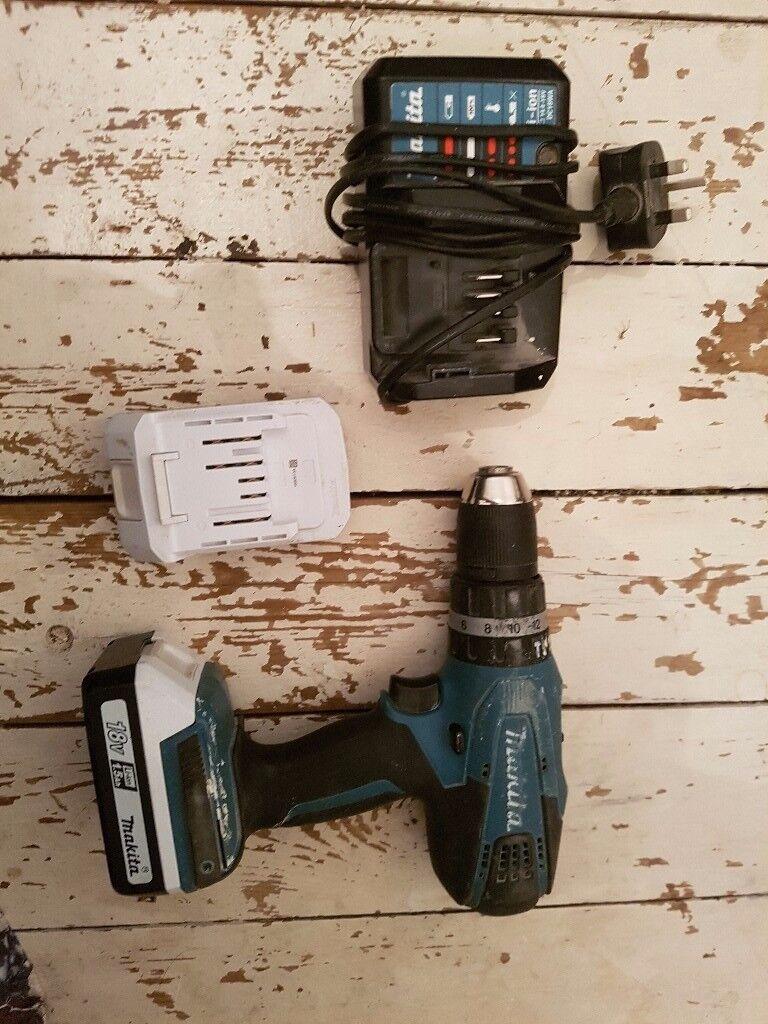 Makita drill + batteries + charger
