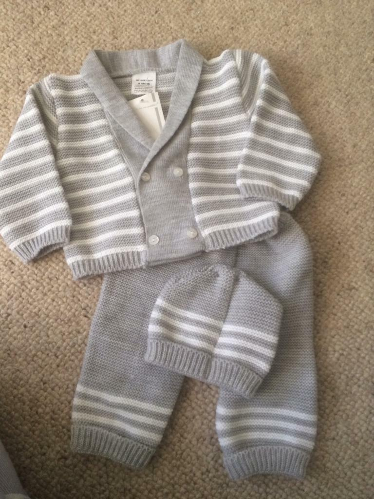 Brand new baby grey knitted outfit