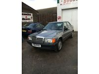 1988 Mercedes 190e 2.6 automatic LOW MILEAGE LEATHER YEARS MOT RARE CAR