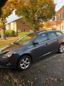 Ford Focus 2011 grey excellent condition