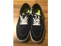 Nike Mens canvas trainers UK 9.5