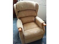 Celebrity Westbury Riser Recliner Chair - Dual Motors. Hardly used. Reduced Must be sold