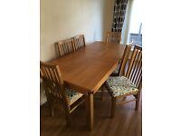 Stunning solid kitchen oak dining table with six chairs