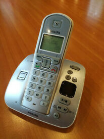 Philips CD235 Cordless Phone with Answering Machine