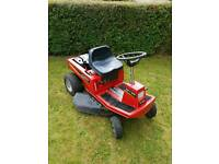 Ride on lawnmower
