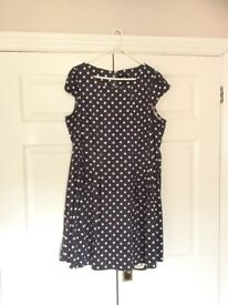 Selection of dresses for sale. All in very good condition. Selling due to weight loss.